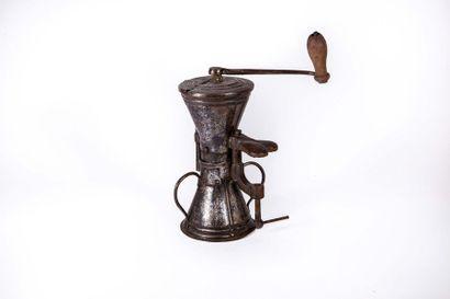 Moulin à café de forme sablier en tôle de...