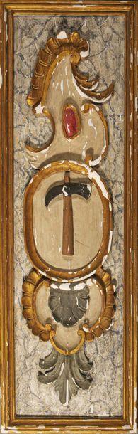 Panneau enseigne en bois sculpté à décor...