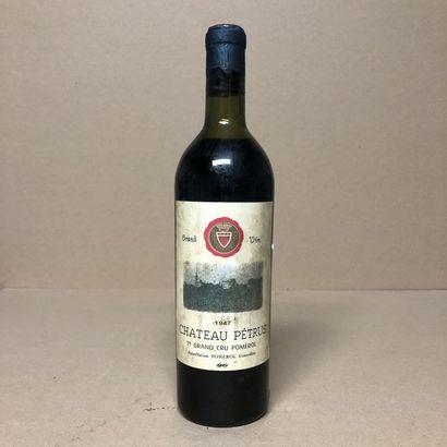 1 bouteille CHÂTEAU PETRUS 1947 (niveau haute...