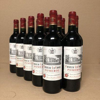 12 bouteilles CHÂTEAU LA CROIX 2001 (étiquettes...