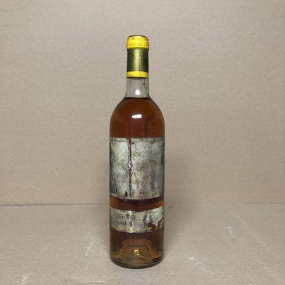 1 bouteille CHÂTEAU D'YQUEM 1982 1er Cru...