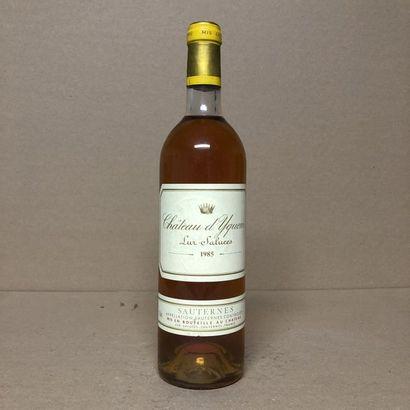 1 bouteille CHÂTEAU YQUEM 1985 1er Cru (niveau...