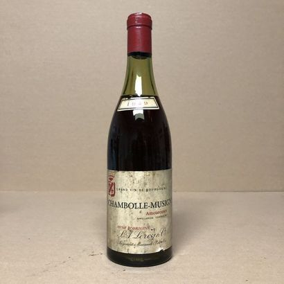 1 bouteille CHAMBOLLE-MUSIGNY 1949 1er cru...