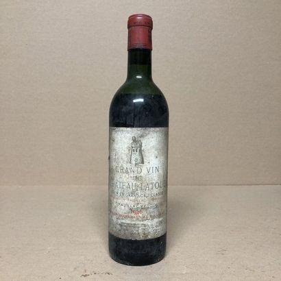 1 bouteille CHÂTEAU LATOUR 1946 1er GCC (niveau...
