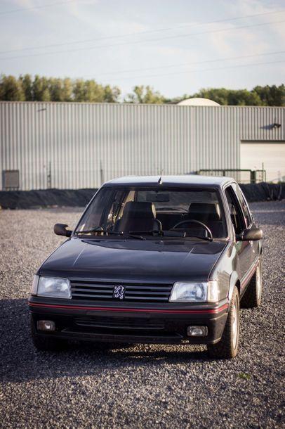 1987 PEUGEOT 205 GTI 1,9L Numéro de série VF3741C8607786414  Belle présentation  211...