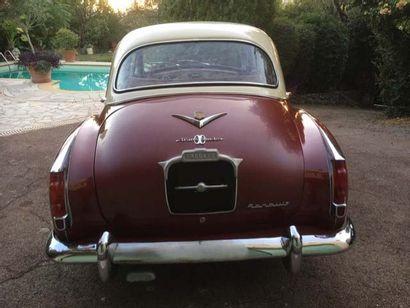 1961 RENAULT Frégate Transfluide Numéro de série 3310618  Même famille depuis 1976...