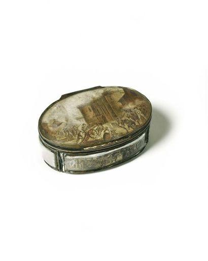 Exceptionnelle et rare boite ovale révolutionnaire...