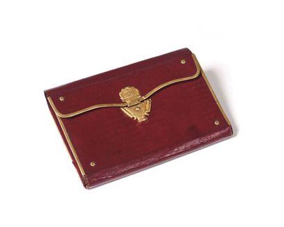 . Petit portefeuille En maroquin rouge, à...