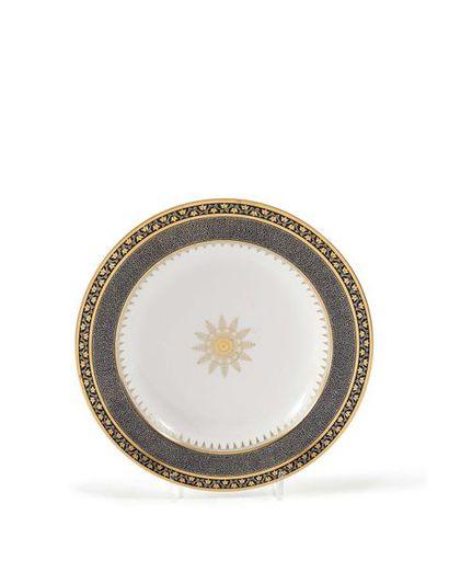 Sèvres Assiette à potage en porcelaine à...