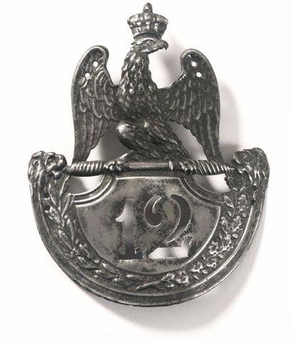 Plaque de shako modèle 1812 de la 12e Légion...