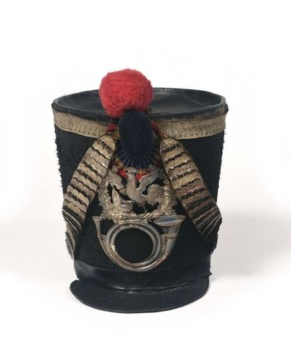 Shako de chasseurs troupe 1831 de la garde...