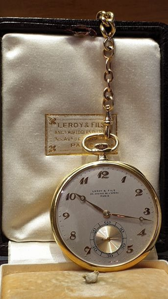 LEROY & FILS Extra flat gusset watch in yellow gold, circa 1920 Beautiful extra...