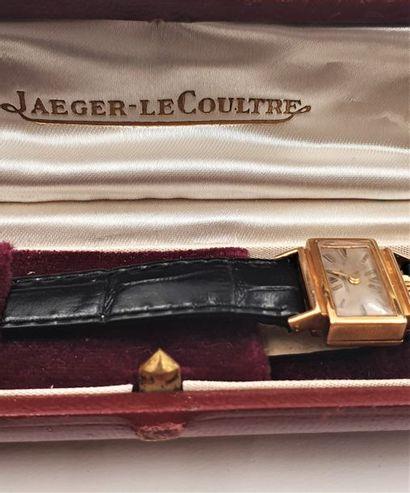 JAEGER LECOULTRE vers 1940 Montre bracelet...