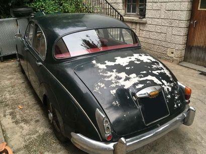 1961 JAGUAR MK.II 3.8L La première berline à carrosserie monocoque de Jaguar est...