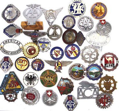 Badges d'Automobile Clubs Régionaux  Français...