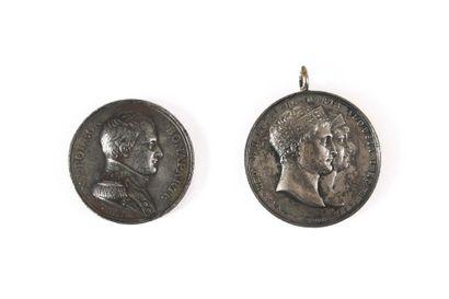 Deux médailles en argent : a- « Napoléo....