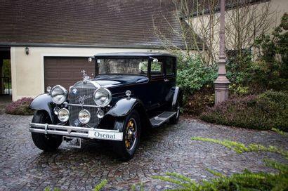 1930 PACKARD 745 Deluxe Eight Club Sedan