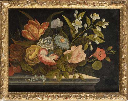 Dans le goût d'ARELLANO Corbeille de fleurs Paire de toiles Dimensions : H : 28,5...