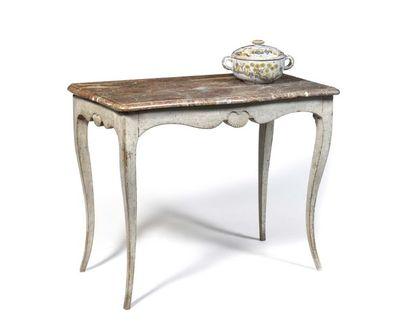 Table console en bois peint, la ceinture...