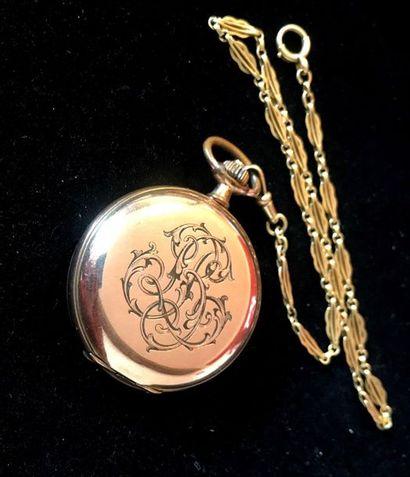 MONTRE A GOUSSET en métal doré et chaine...