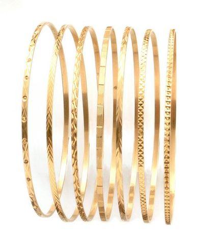BRACELETS semainiers composés de sept bracelets...