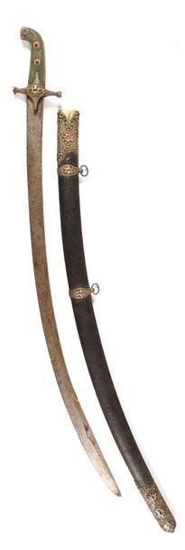 Rare sabre persan dit Shamshir du Major Artaut du 26e régiment de chasseurs à cheval....
