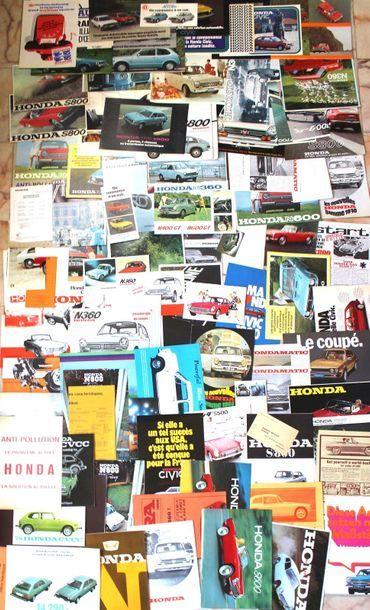 Documentation HONDA- Japon  Dépliant 4 volets...