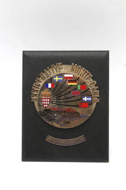 Badge du XXXIV° Rallye Monte Carlo 1965  Badge...
