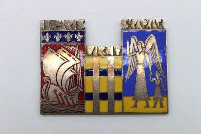 Médaille du Paris Saint Raphael 1937  Médaille...