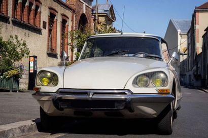 1972 CITROËN DSUPER 5 Serial number 02 FD 2675  Same owner since 1974  French car...