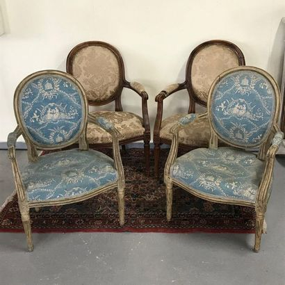 Suite of four Louis XVI style armchairs, medallion backrest  Two different lacquers...
