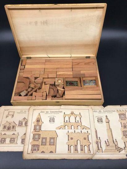 Boîte jeu de construction en bois  dans son...