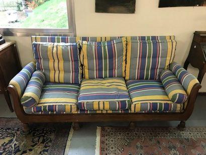 Grand canapé en acajou et placage d'ajaou,...