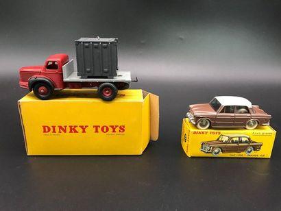 Lot de Dinky Toys : Fiat 1200 Grande Vue...