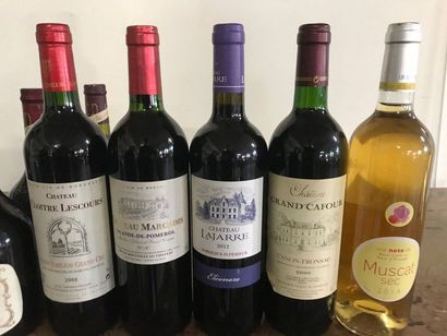 Ensemble de 12 bouteilles de vins dont Lalande de Pomerol, chateau Marcadis 2010,...