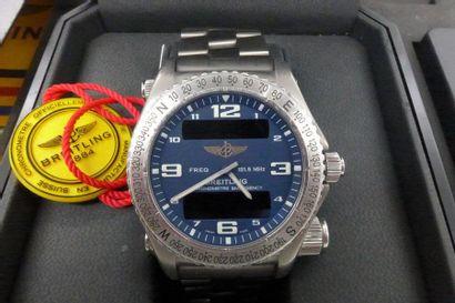 BREITLING EMERGENCY VERS 1990 Montre bracelet en titane avec transmetteur intégré,...