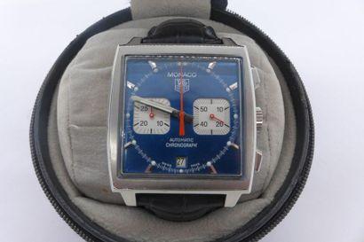 TAG HEUER (Chronographe Monaco Plexiglas...