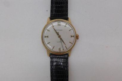 O.J PERRIN Montre bracelet homme en or jaune 750mm BOITIER de forme ronde CADRAN...
