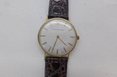 """""""GIRARD PERREGAUX VERS 1960 Montre bracelet en métal doré BOITIER: rond, fond vissé,..."""