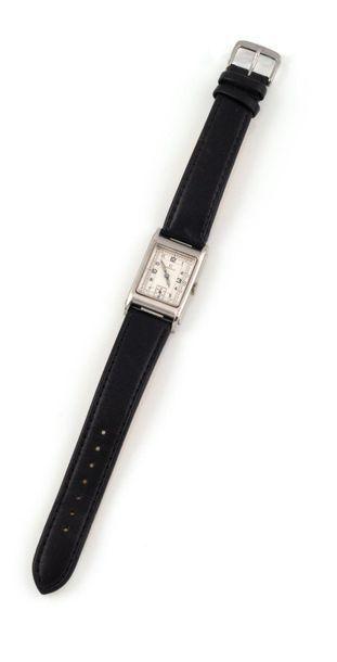 OMEGA Waterproof, n°9902417, vers 1930 T17....