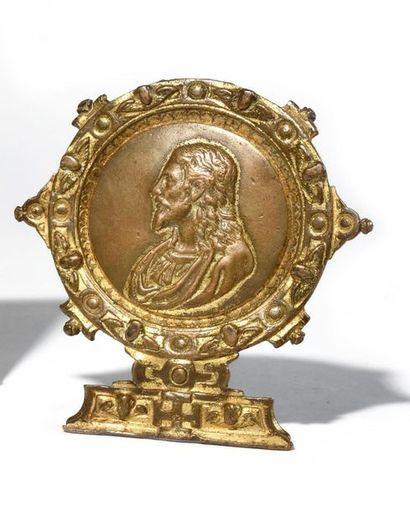 Baiser de Paix en bronze doré à décor du...