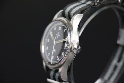 OMEGA militaire référence 2777-1 SC Montre en acier, Suisse vers 1953, remontage...