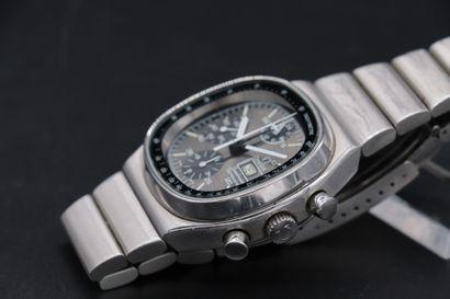OMEGA Speedmaster Réf : 176.0014. Numéro de série : 376.0805 Chronographe en acier...