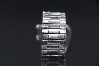 BREGUEL MONTRE A SONNERIE Circa 1960. Rare montre bracelet avec fonction réveil....