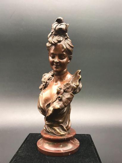 Victor BRUYNEEL  Elegante  Buste en bronze...