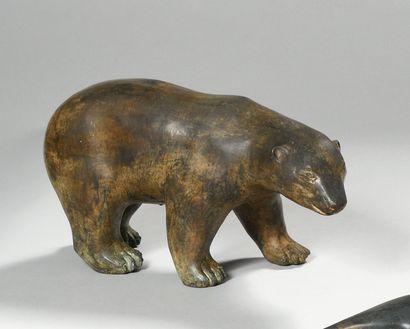 PIERRE CHENET (20th century) Polar bear Bronze...