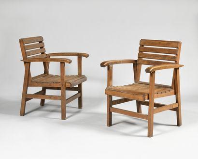 TRAVAIL DES ANNEES 1950 Paire de fauteuils...