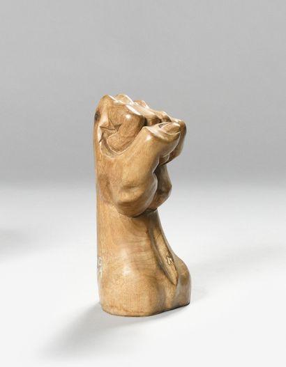 GILBERTO ZORIO (Né en 1944) Poing Sculpture...