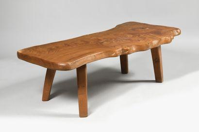 TRAVAIL BRUTALISTE DES ANNEES 1960 Table...