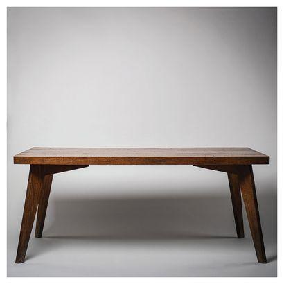 PIERRE JEANNERET (1896-1967) Table de salle...
